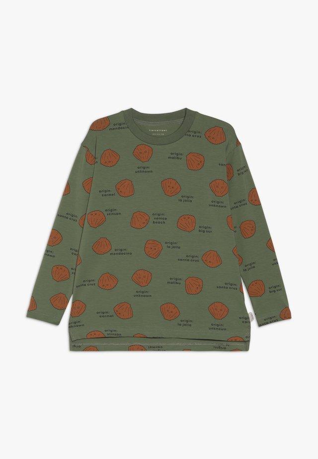 SHELLS TEE - Bluzka z długim rękawem - green wood/brown