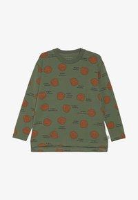 TINYCOTTONS - SHELLS TEE - Bluzka z długim rękawem - green wood/brown - 3