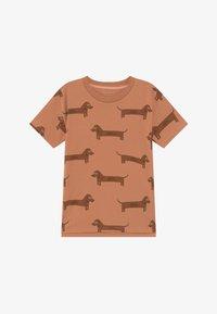 TINYCOTTONS - IL BASSOTTO TEE - Camiseta estampada - tan/ brown - 2