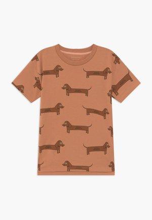 IL BASSOTTO TEE - Camiseta estampada - tan/ brown