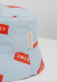 TINYCOTTONS - SWEET SUN HAT - Sombrero - mild blue/red - 3