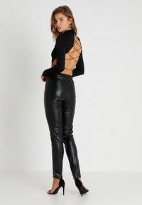 Tiger Mist - QUINN PANT - Kalhoty - black - 2