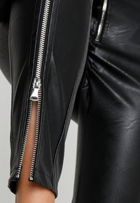 Tiger Mist - QUINN PANT - Kalhoty - black - 4