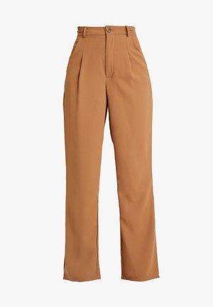 PANT - Pantalones - tan