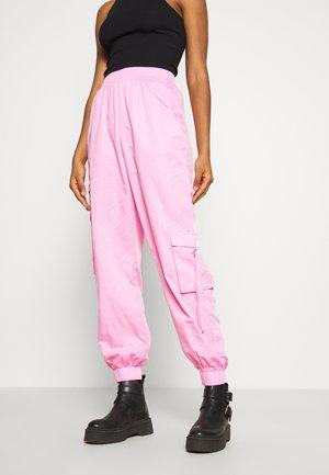 FLOSS PANT - Kalhoty - pink