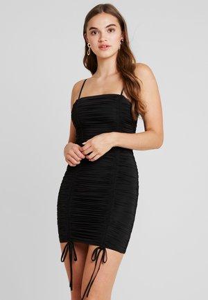 ZION DRESS - Etuikleid - black