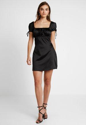 TYRA DRESS - Koktejlové šaty/ šaty na párty - black