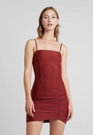 ANNIKA DRESS - Shift dress - rust