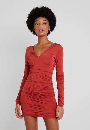 MASON DRESS - Jerseykjole - rust