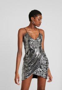 Tiger Mist - BERLIN DRESS - Juhlamekko - silver - 0