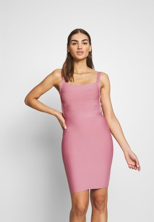 PRAGUE DRESS - Shift dress - blush