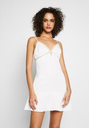 MAHALIA DRESS - Cocktail dress / Party dress - white
