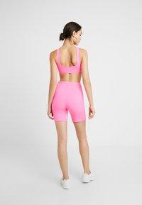 Tiger Mist - BRAZIL CROP - Topper - neon pink - 2