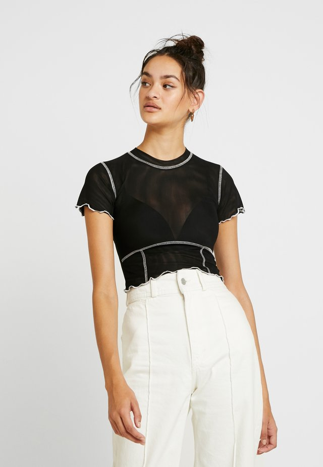 TEESHA - T-shirt con stampa - black
