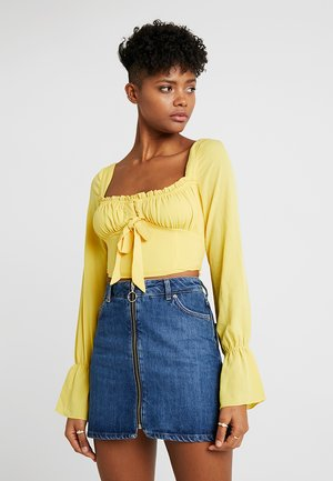 OCHA - Bluser - yellow
