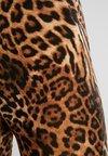 Tiger Mist - AARYA - Shorts - brown