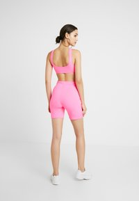 Tiger Mist - BRAZIL - Shorts - neon pink - 2