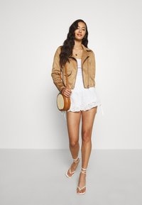 Tiger Mist - ZENNA - Shorts - white - 1