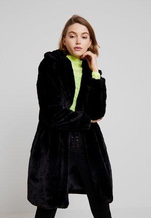 EDDY - Zimní kabát - black