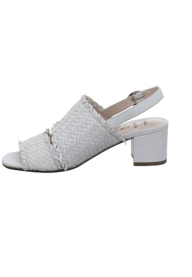 TIZIAN FALLO 02 - Classic heels - weiss
