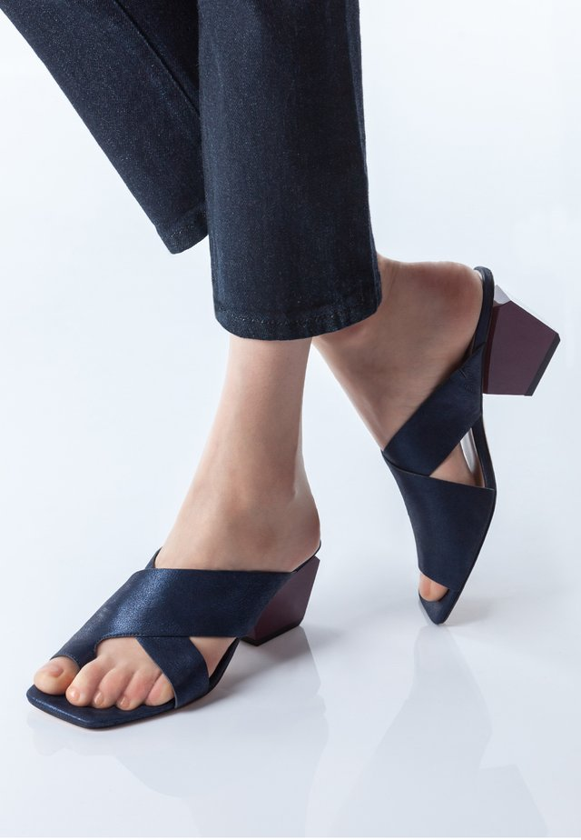 T-bar sandals - dark blue
