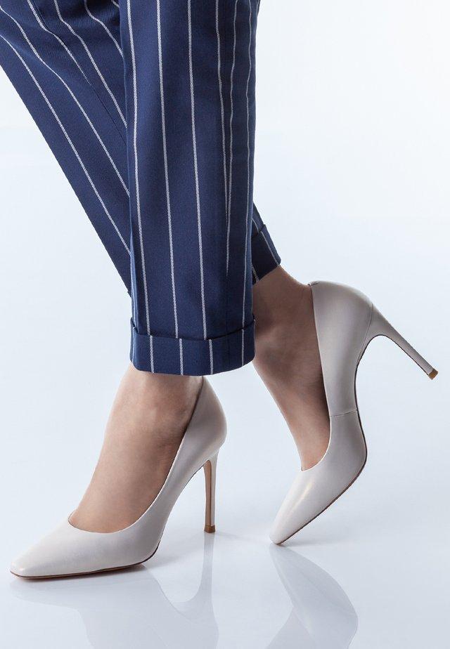 CLASSIC  - High heels - white