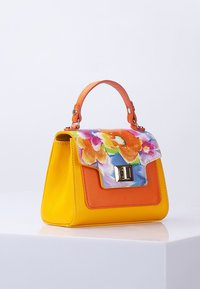 TJ Collection - Handbag - yellow - 0
