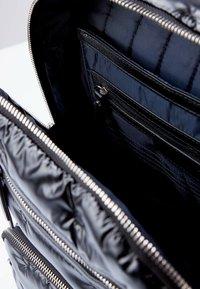 TJ Collection - Rucksack - black - 3