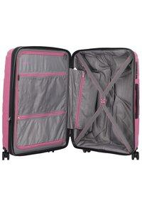 Travelite - KOFFERSET 3 TLG - Luggage set - candy - 4