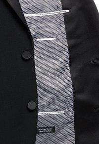 T.M.Lewin - LANCEWOOD SLIM FIT 2 BOUTTON - Costume - black - 6