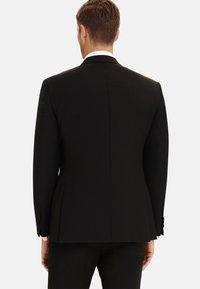 T.M.Lewin - LANCEWOOD SLIM FIT 2 BOUTTON - Costume - black - 2