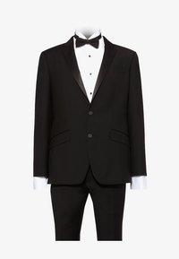 T.M.Lewin - LANCEWOOD SLIM FIT 2 BOUTTON - Costume - black - 8