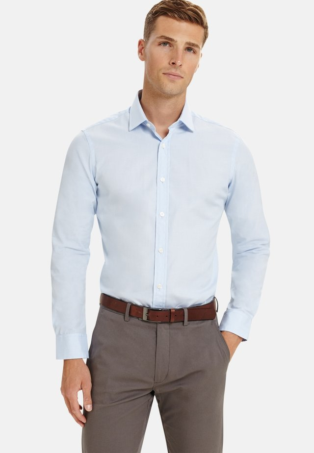 FITTED END-ON-END - Formal shirt - blue