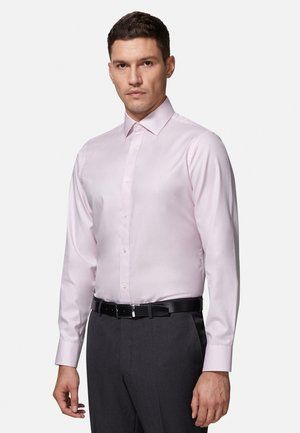 FITTED TWILL - Chemise classique - pink
