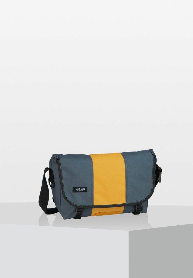 HERITAGE CLASSIC  - Across body bag - light grey