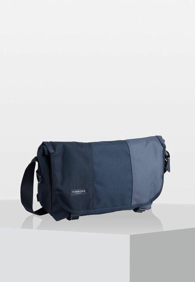 HERITAGE CLASSIC  - Across body bag - monsoon