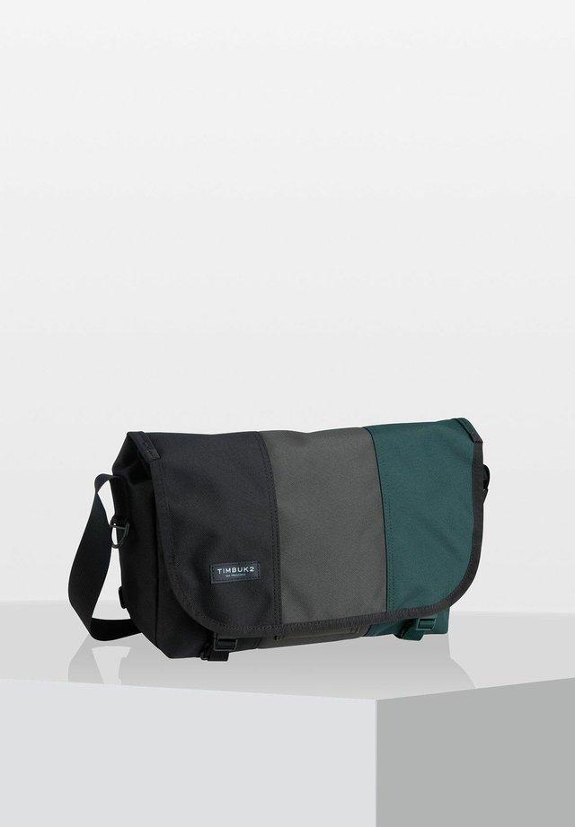HERITAGE CLASSIC  - Across body bag - mottled black