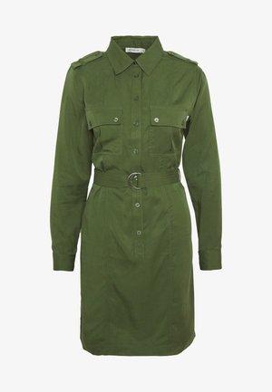 FLORENCE. - Košilové šaty - deep green