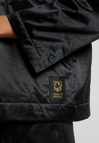 Tiger of Sweden Jeans - WINDFALL - Windbreaker - black - 8