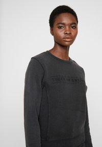 Tiger of Sweden Jeans - OBSESSA - Sweatshirt - black - 3