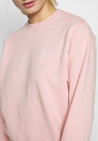 Tiger of Sweden Jeans - HEELGA - Sweatshirt - light pink - 5