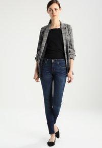 Tiger of Sweden Jeans - SLIGHT - Jeans Skinny Fit - blue denim - 2