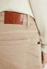 Tiger of Sweden Jeans - LEA - Relaxed fit jeans - sand - 4