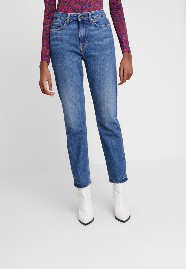 JESS - Relaxed fit jeans - light blue