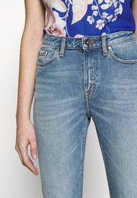 Tiger of Sweden Jeans - MEG - Straight leg jeans - light blue - 3