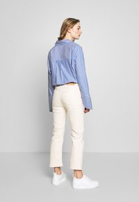 Tiger of Sweden Jeans - AZE - Flared Jeans - ecru denim - 2