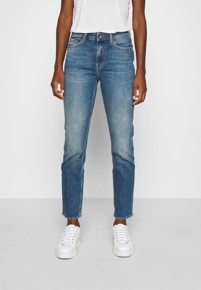 MEG - Jeansy Relaxed Fit - medium blue