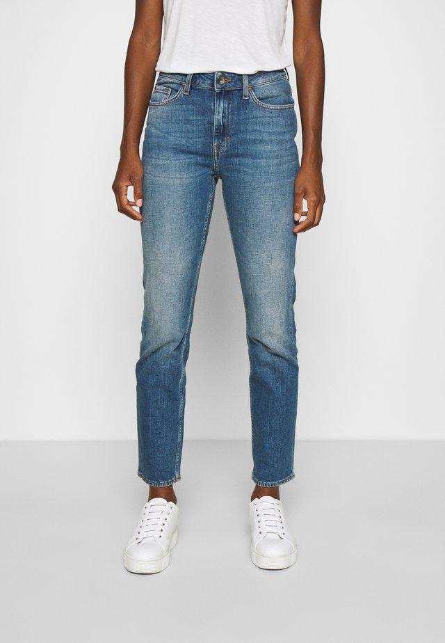 MEG - Jeans relaxed fit - medium blue