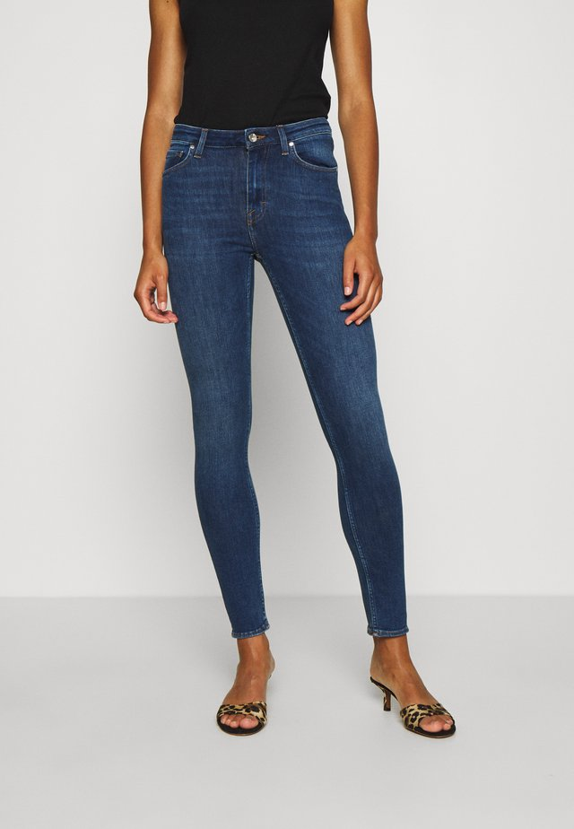 SHELLY - Jeansy Skinny Fit - haven