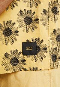 Tiger of Sweden Jeans - CALUMN  - Shirt - yellow - 5